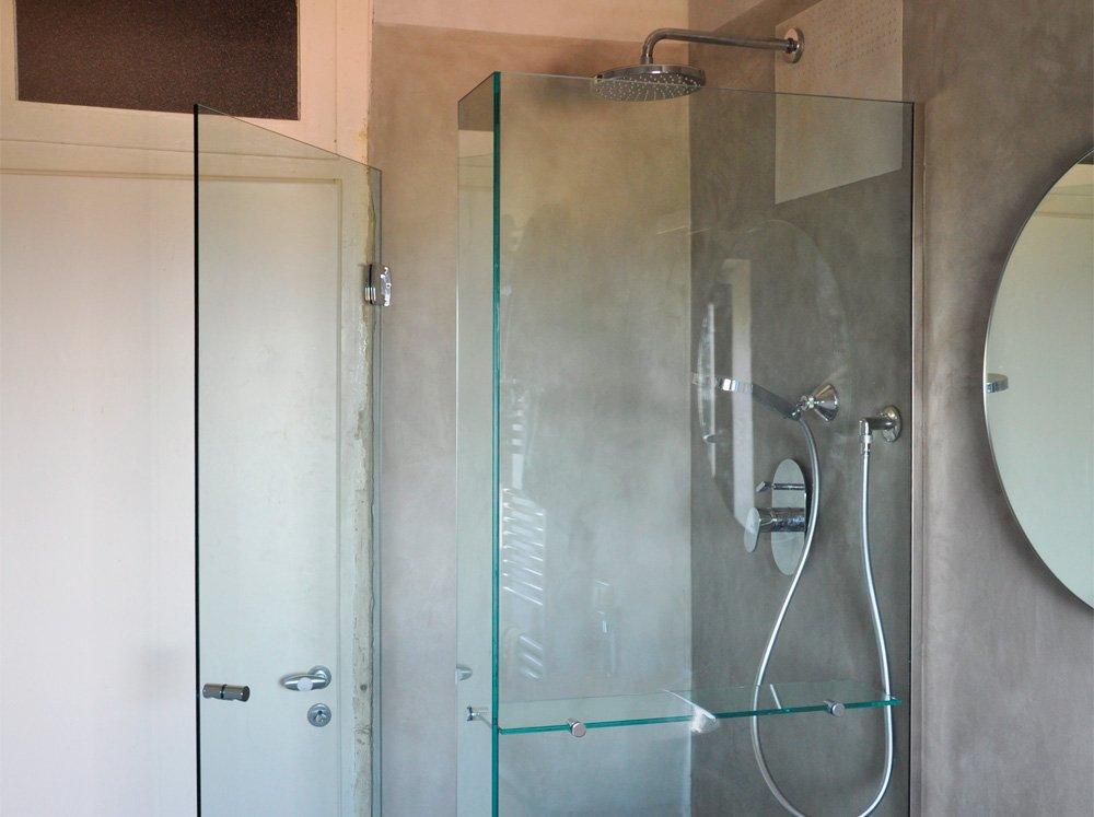 Mensole vetro per doccia idea d 39 immagine di decorazione for Mensole doccia ikea